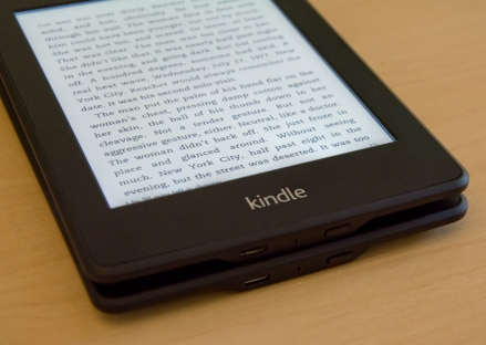 Amazon-Kindle-PaperwhiteISO-2000